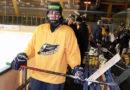 Čerstvě zletilý hokejista Tomáš Urban je skutečný dříč